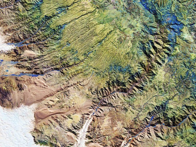 Peruvian Andes. © Contains modified Copernicus Sentinel data (2020), processed by ESA, CC BY-SA 3.0 IGO